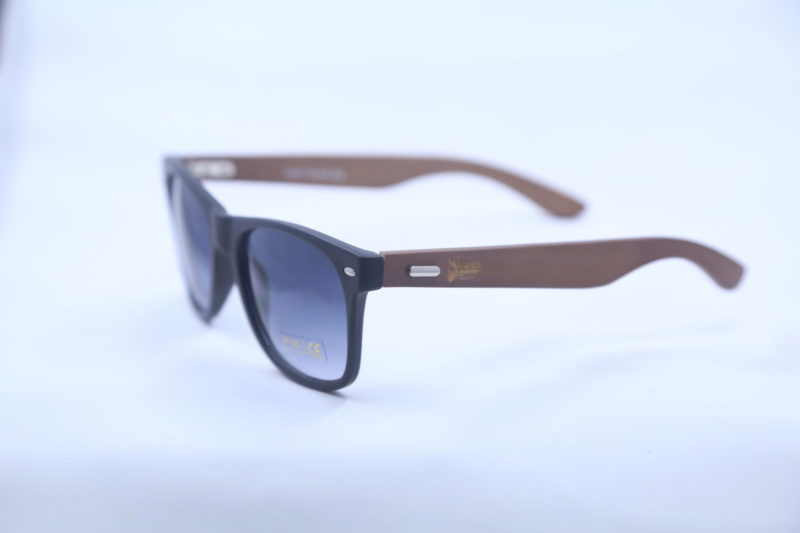 Shady Bamboo Glasses with Black Rim and Wood Temples 3